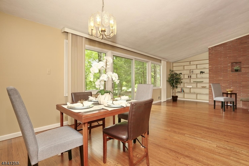 Additional photo for property listing at 510 Brookside Avenue  阿伦达, 新泽西州 07401 美国