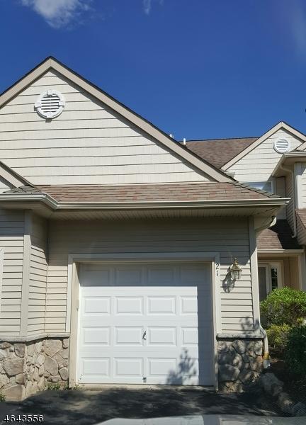 Additional photo for property listing at 21 Caleb Court  Hamburg, Nueva Jersey 07419 Estados Unidos