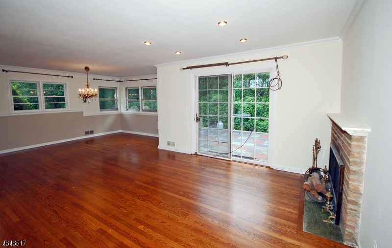 Additional photo for property listing at 74 Luddington Road  West Orange, New Jersey 07052 United States