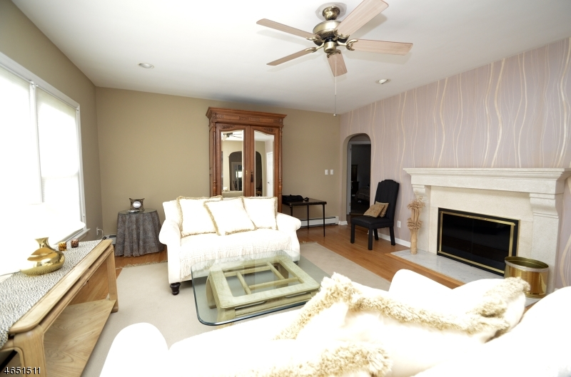 Additional photo for property listing at 127 High Street  Randolph, Nueva Jersey 07869 Estados Unidos