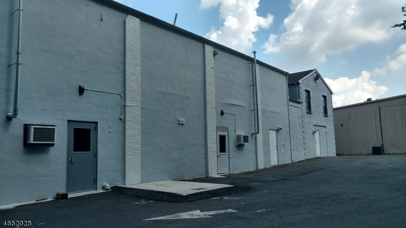 Commercial for Sale at 216 TINGLEY Lane Edison, New Jersey 08820 United States