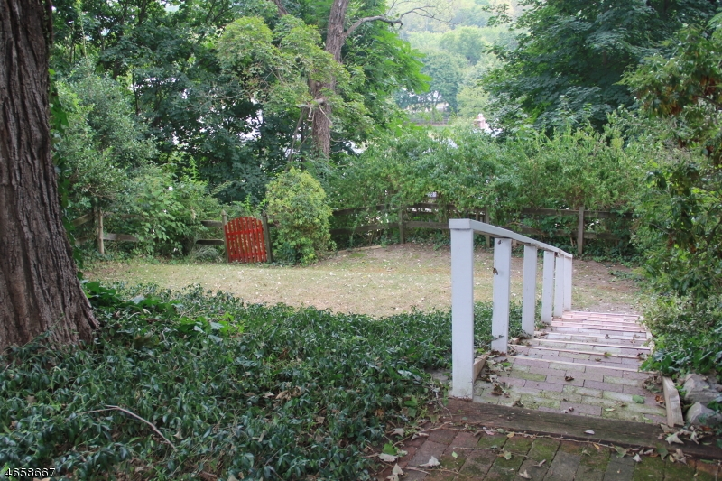 Additional photo for property listing at 53 High Street  Blairstown, 新泽西州 07825 美国