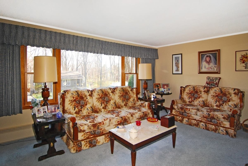 Additional photo for property listing at 8 W Windy Bush Lane  Sparta, Nueva Jersey 07871 Estados Unidos