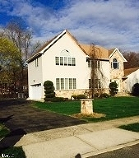 Additional photo for property listing at 44 BROOKSIDE TER  Haledon, New Jersey 07508 États-Unis