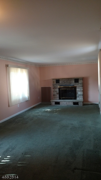Additional photo for property listing at 238 Springfield Road  Linden, Нью-Джерси 07036 Соединенные Штаты