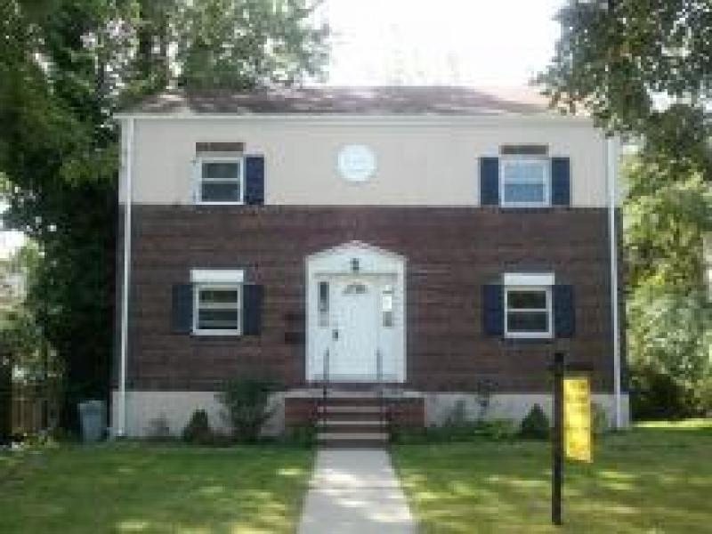 Additional photo for property listing at 105 Besler Avenue  Cranford, New Jersey 07016 United States