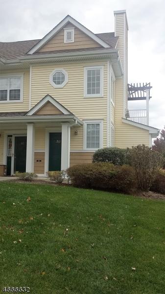Casa Unifamiliar por un Alquiler en 282 Old Farm Drive Great Meadows, Nueva Jersey 07838 Estados Unidos