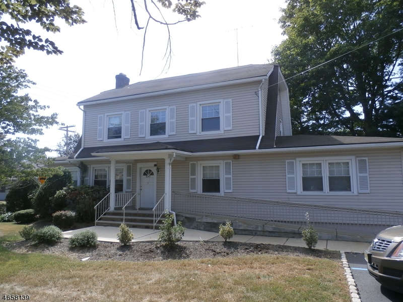 Single Family Home for Rent at 2 Glenbrook Road Morris Plains, New Jersey 07950 United States