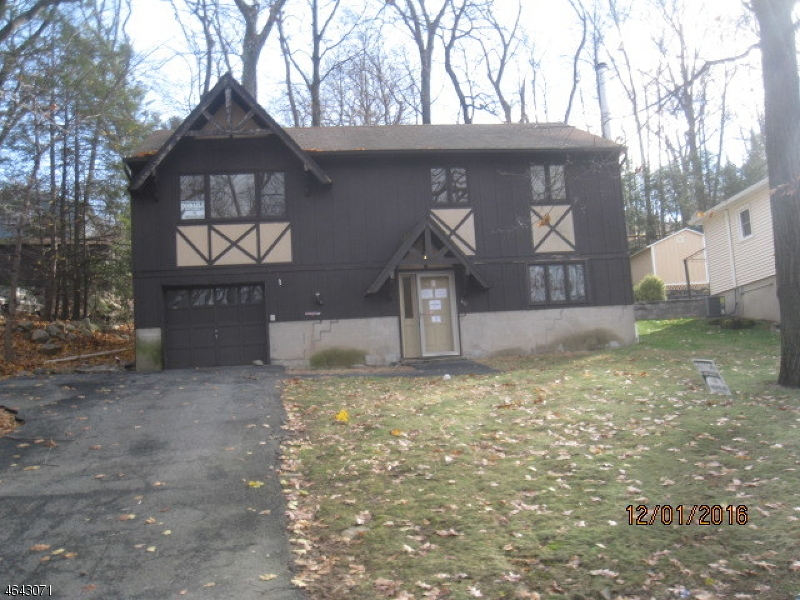 Single Family Home for Sale at 40 Ford Road Landing, New Jersey 07850 United States