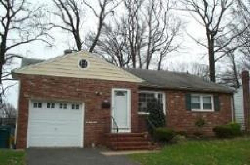 Casa Unifamiliar por un Alquiler en 2078 Algonquin Drive Scotch Plains, Nueva Jersey 07076 Estados Unidos