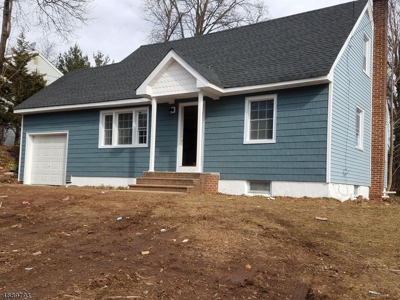 Частный односемейный дом для того Продажа на 469 Terrill Road Fanwood, 07023 Соединенные Штаты