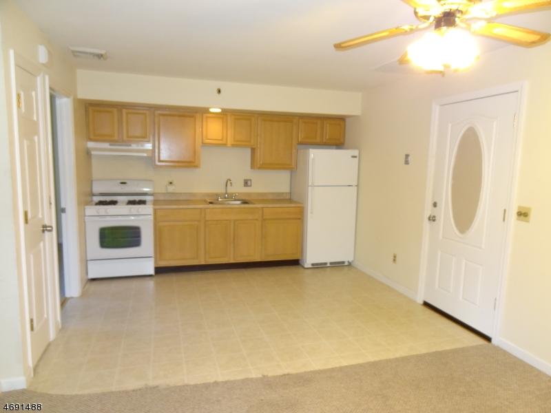 Maison unifamiliale pour l à louer à 146 Main Street Bloomingdale, New Jersey 07403 États-Unis