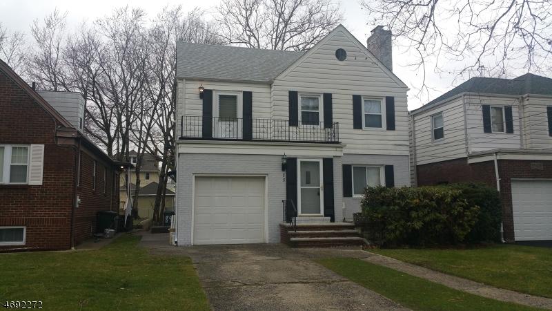 Casa Unifamiliar por un Venta en Address Not Available Cliffside Park, Nueva Jersey 07010 Estados Unidos