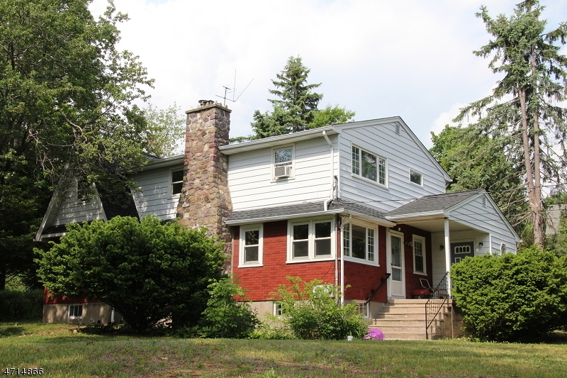Maison unifamiliale pour l à louer à 50 Cedarbrook Road West Milford, New Jersey 07421 États-Unis