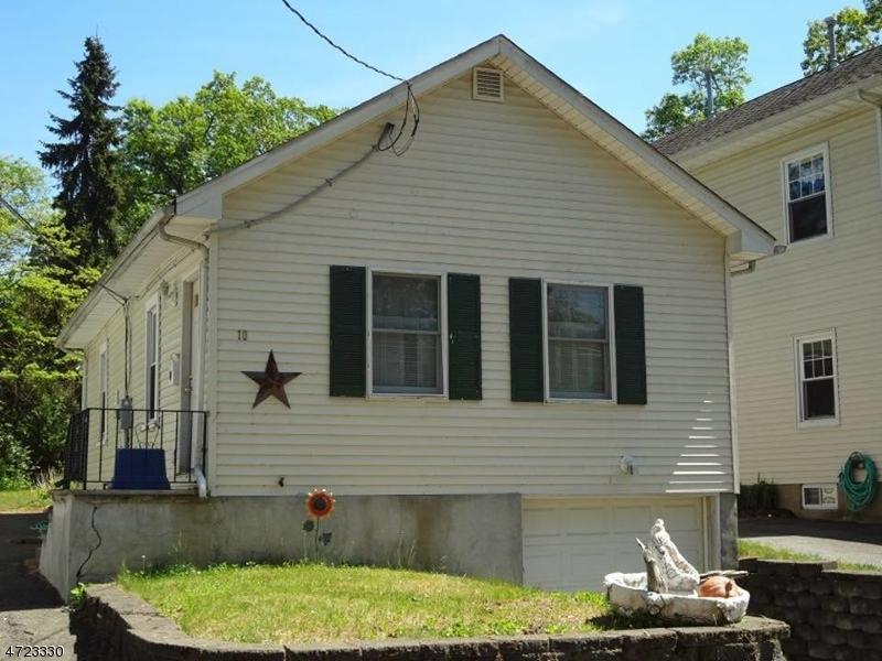 Maison unifamiliale pour l à louer à 10 Cherokee Drive Denville, New Jersey 07834 États-Unis