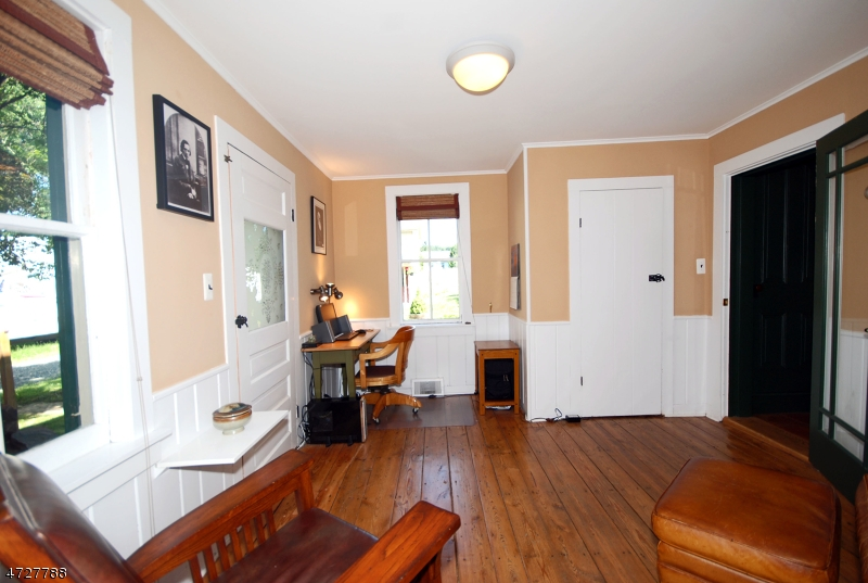 Additional photo for property listing at 7 Mill Street  Pittstown, New Jersey 08867 United States