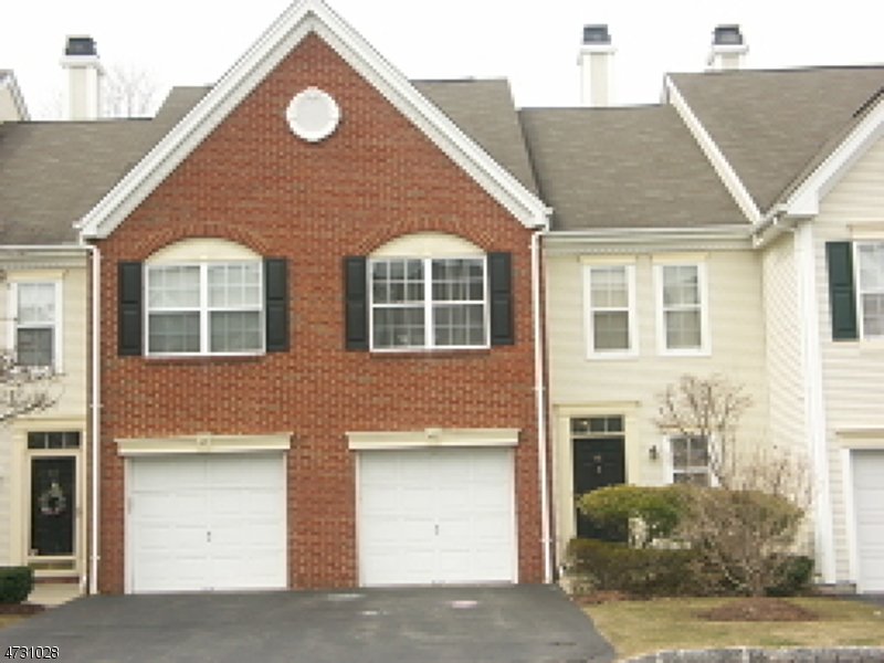 Single Family Home for Rent at 48 Heritage Court Montville, New Jersey 07082 United States