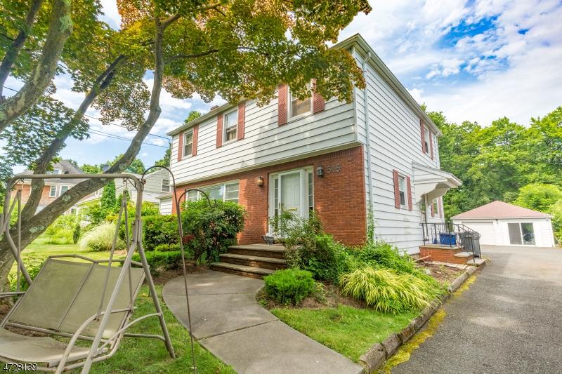 Частный односемейный дом для того Аренда на 515A Mountain Avenue Westfield, Нью-Джерси 07090 Соединенные Штаты