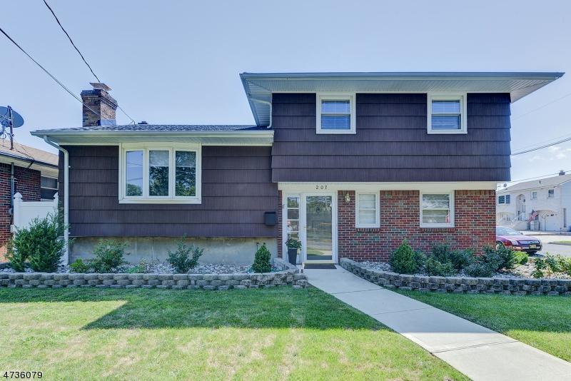 独户住宅 为 销售 在 207 Carteret Avenue Carteret, 新泽西州 07008 美国