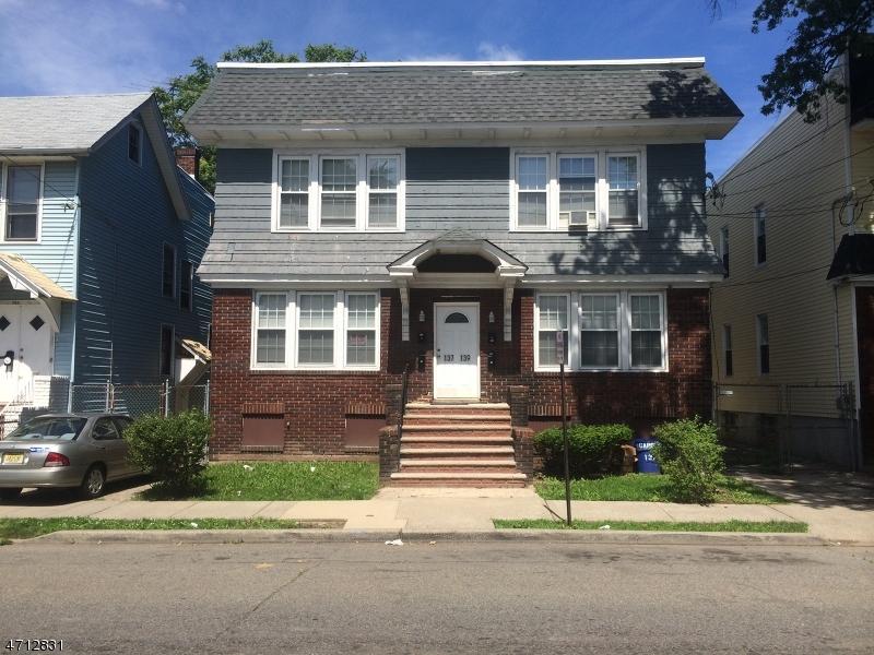 Многосемейный дом для того Продажа на 139 Carolina Avenue Irvington, Нью-Джерси 07111 Соединенные Штаты