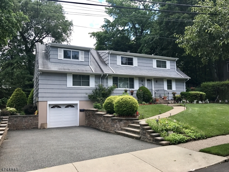 Single Family Home for Sale at 1135 Korfitsen Road New Milford, New Jersey 07646 United States