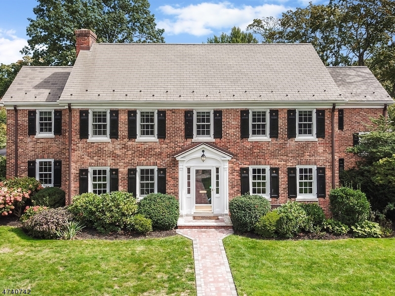 Single Family Home for Sale at 57 Park Place 57 Park Place Bloomfield, New Jersey 07003 United States
