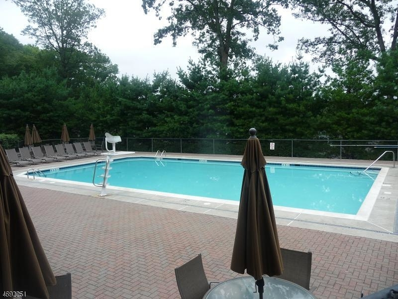 Additional photo for property listing at 2806 Vantage Court  Denville, New Jersey 07834 États-Unis