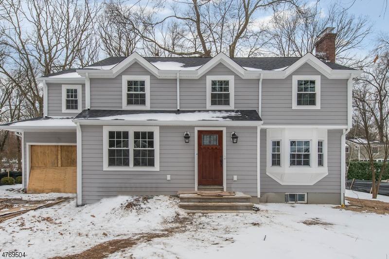 Enfamiljshus för Försäljning vid 23 Kimball Street 23 Kimball Street Chatham, New Jersey 07928 Usa