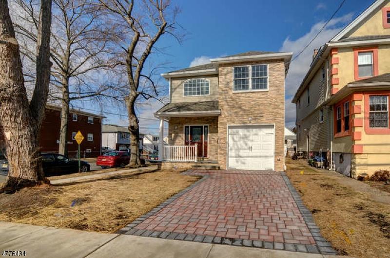 独户住宅 为 销售 在 540 Newark Avenue Kenilworth, 新泽西州 07033 美国