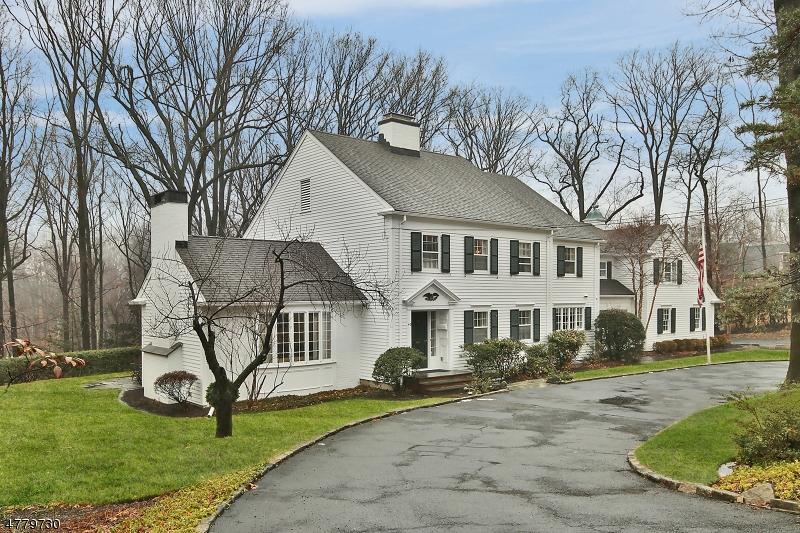Casa para uma família para Venda às 40 Gordon Road Essex Fells, Nova Jersey 07021 Estados Unidos