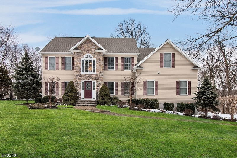 Single Family Home for Sale at 38 Elm Street Florham Park, New Jersey 07932 United States