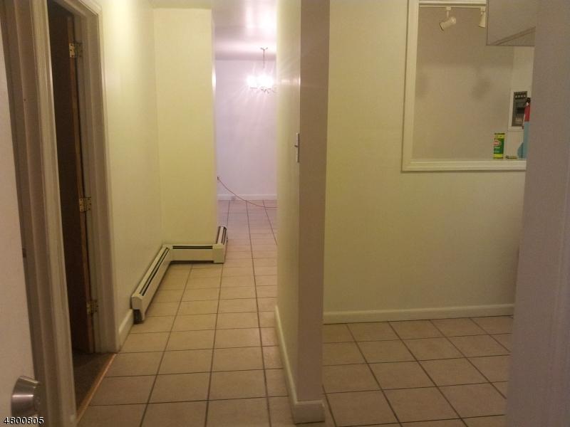 Μονοκατοικία για την Ενοίκιο στο Address Not Available Orange, Νιου Τζερσεϋ 07050 Ηνωμενεσ Πολιτειεσ