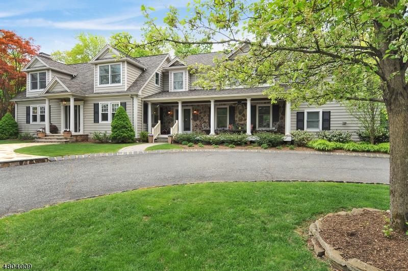 Nhà ở một gia đình vì Bán tại 154 Fairview Avenue Berkeley Heights, New Jersey 07922 Hoa Kỳ