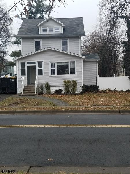 Villa per Vendita alle ore Address Not Available Roselle, New Jersey 07203 Stati Uniti