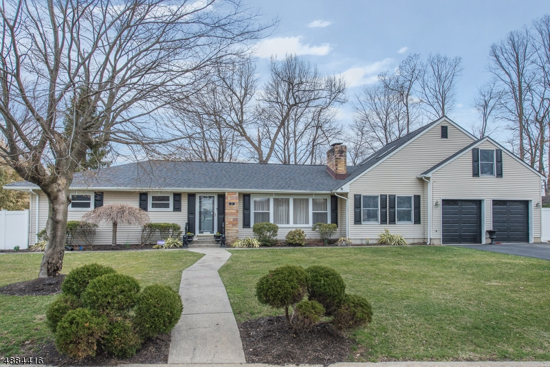 Частный односемейный дом для того Продажа на 22 WILCOX Avenue Wharton, Нью-Джерси 07885 Соединенные Штаты