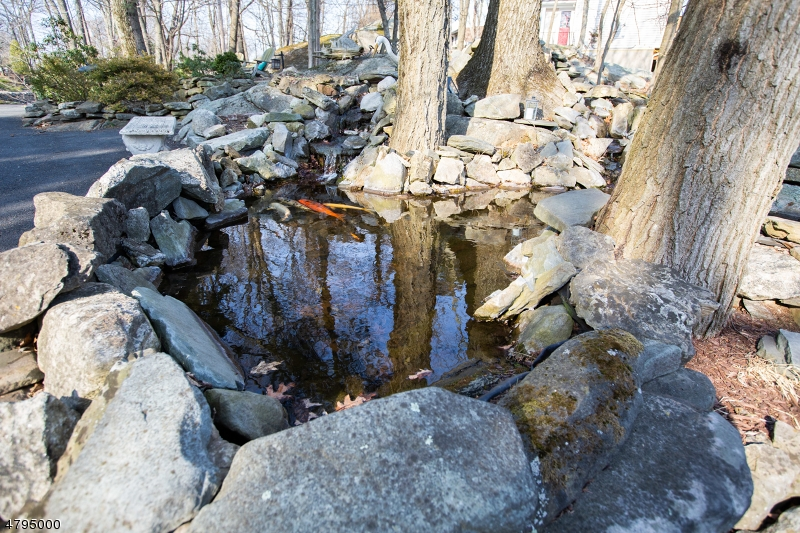 Additional photo for property listing at  Sparta, New Jersey 07871 Hoa Kỳ