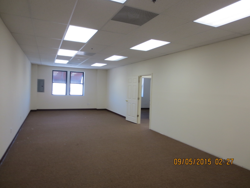 Additional photo for property listing at 108 Chestnut St, 2A  Roselle, Нью-Джерси 07203 Соединенные Штаты
