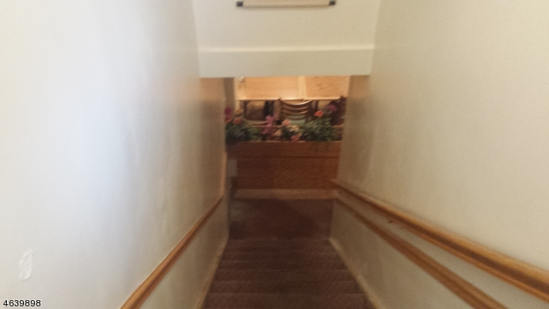 Additional photo for property listing at 27 State Route 23  Franklin, New Jersey 07416 United States
