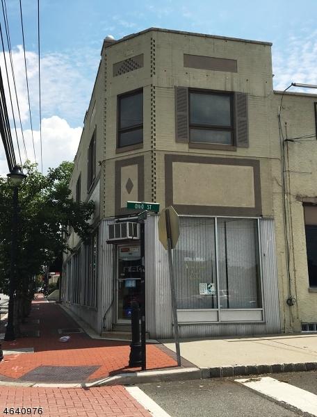 Commercial pour l Vente à 1945 Springfield Avenue Maplewood, New Jersey 07040 États-Unis