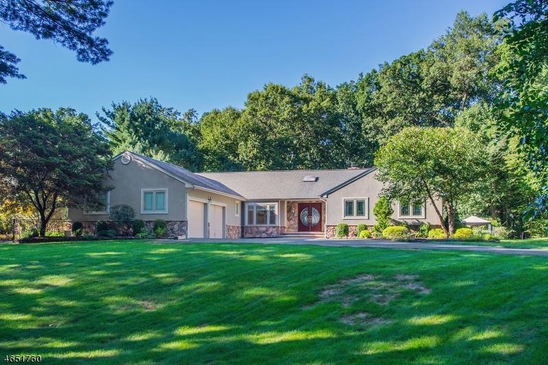 Частный односемейный дом для того Продажа на 9 Pond Hill Drive Boonton, 07005 Соединенные Штаты