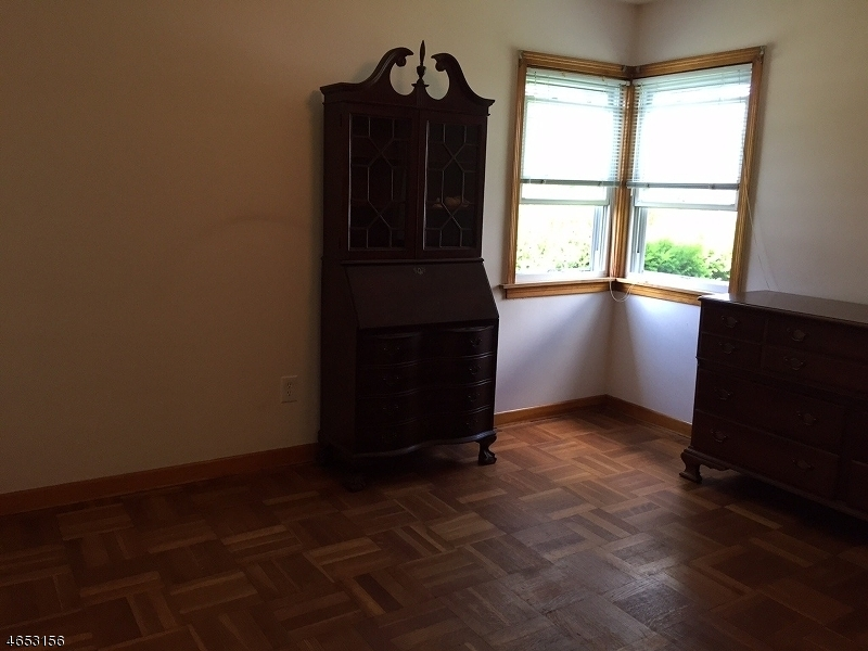 Additional photo for property listing at 136 Elm Street  Dover, 新泽西州 07801 美国