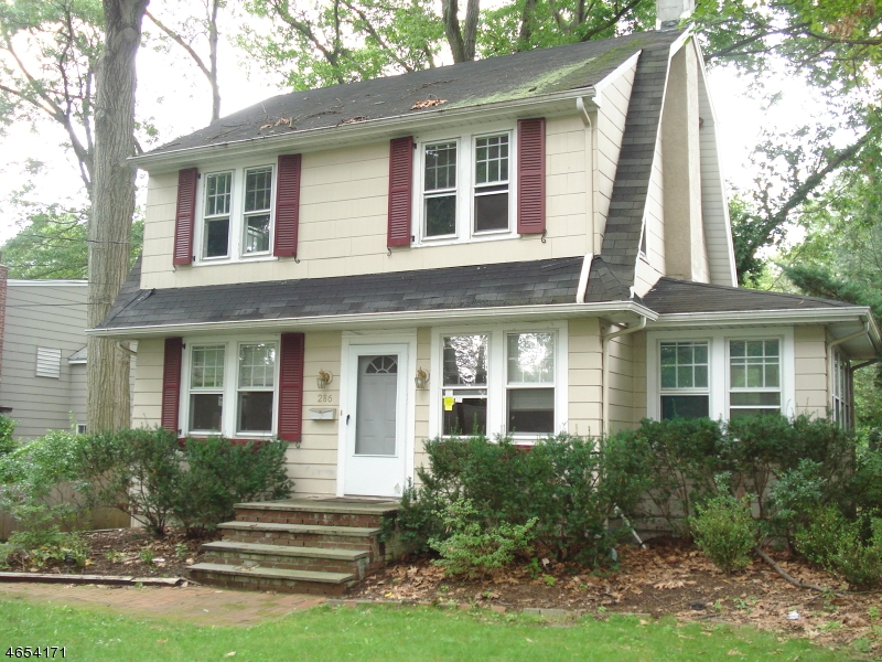 Additional photo for property listing at 286 Voorhis Avenue  Wyckoff, New Jersey 07481 États-Unis