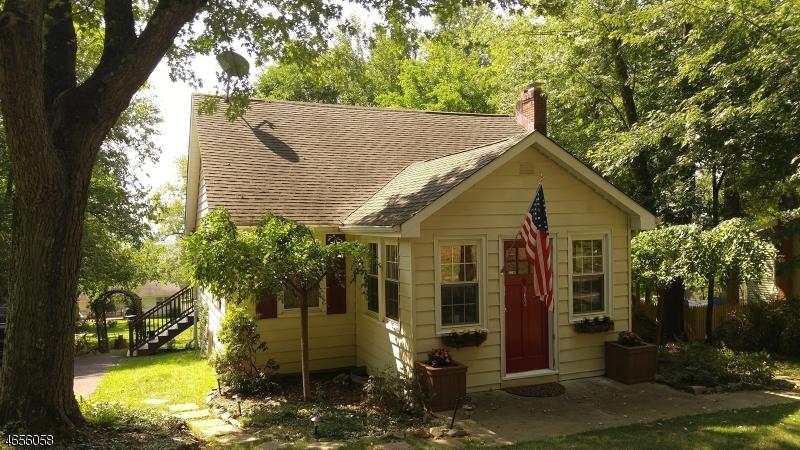 Частный односемейный дом для того Продажа на 103 Cregar Road High Bridge, 08829 Соединенные Штаты