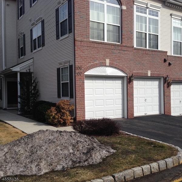 独户住宅 为 出租 在 107 Riverwalk Way 克利夫顿, 07014 美国