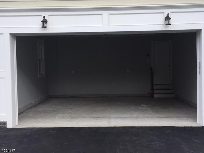 Additional photo for property listing at 616 Garfield Avenue  Westfield, Nueva Jersey 07090 Estados Unidos