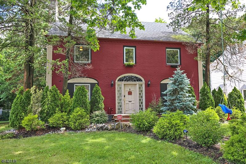 Частный односемейный дом для того Продажа на 363 Berkeley Road Orange, 07050 Соединенные Штаты