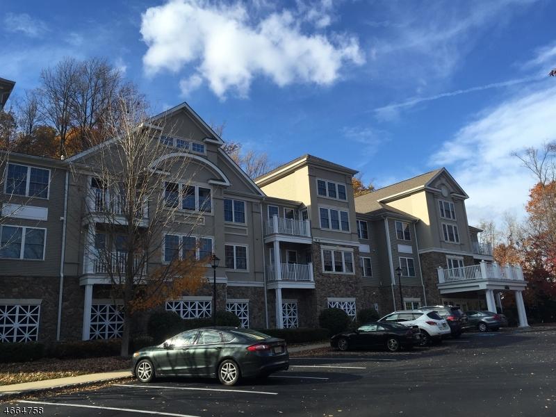 Maison unifamiliale pour l à louer à 2101 Peer Place Denville, New Jersey 07834 États-Unis