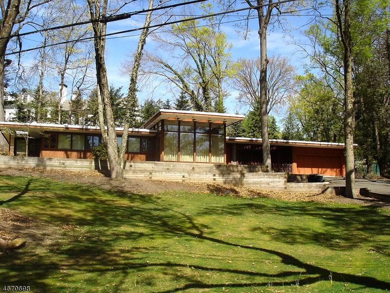 Частный односемейный дом для того Аренда на 55 Minnisink Road Short Hills, Нью-Джерси 07078 Соединенные Штаты