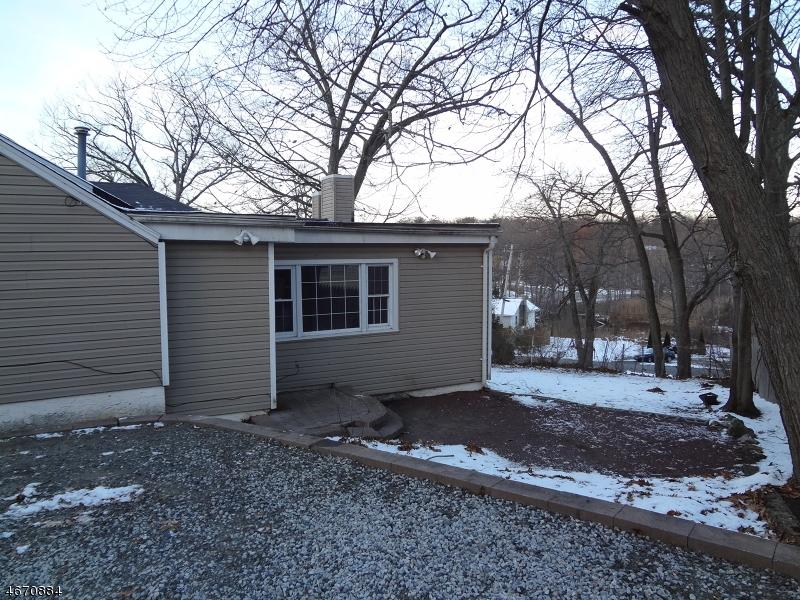 Частный односемейный дом для того Аренда на 396 Lake Shore Drive Hewitt, 07421 Соединенные Штаты