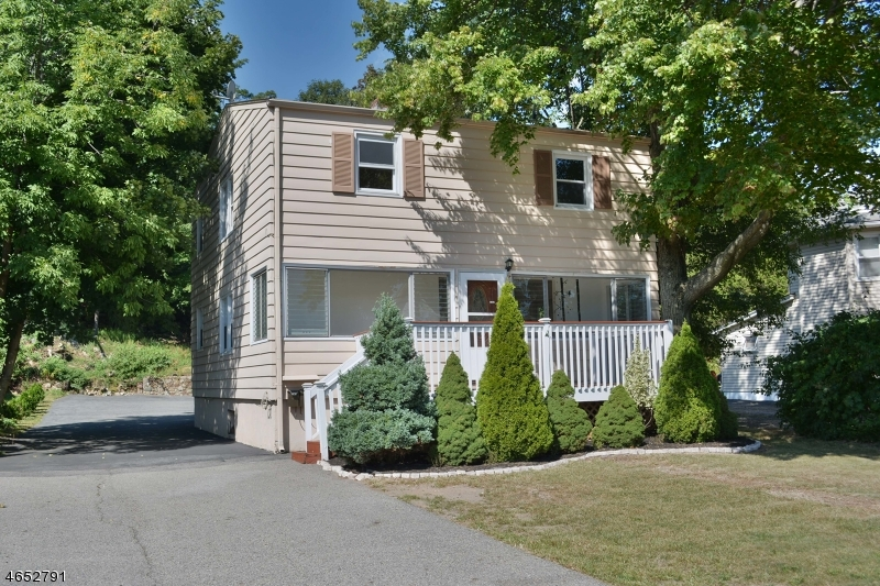 Multi-Family Home for Sale at 1007 Ringwood Avenue Haskell, New Jersey 07420 United States